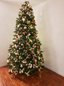 Scelte alternative per decorare la tua casa durante le feste di Natale.